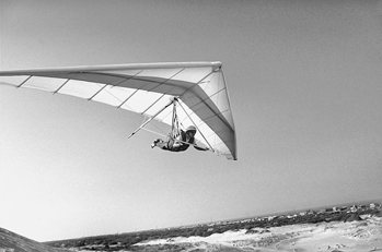 Some safety tips while Hang gliding